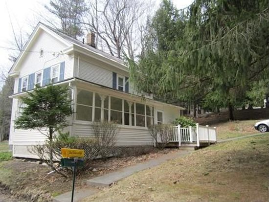 25 Doanes Ln, North Adams, MA 01247