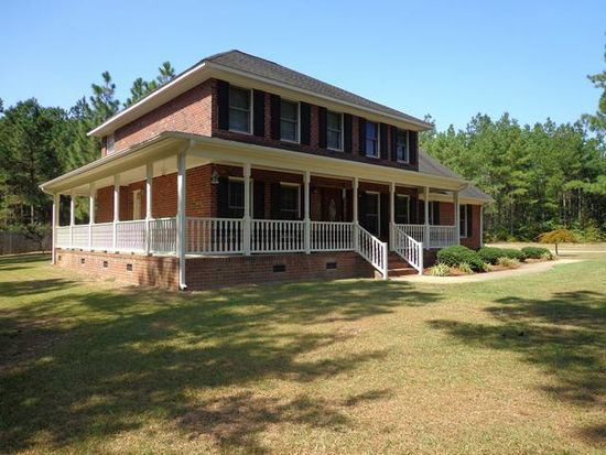 966 Canady Pond Rd, Hope Mills, NC 28348
