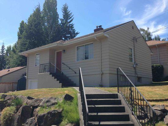 5555 39th Ave NE, Seattle, WA 98105