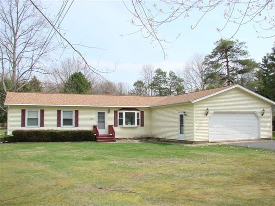 7018 Reed Rd, Conneaut, OH 44030