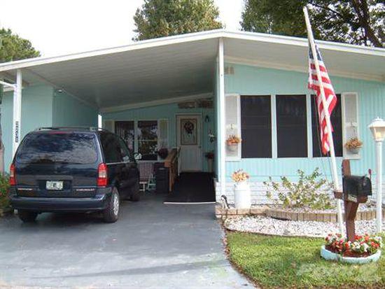 2231 Village Hill Dr, Valrico, FL 33594
