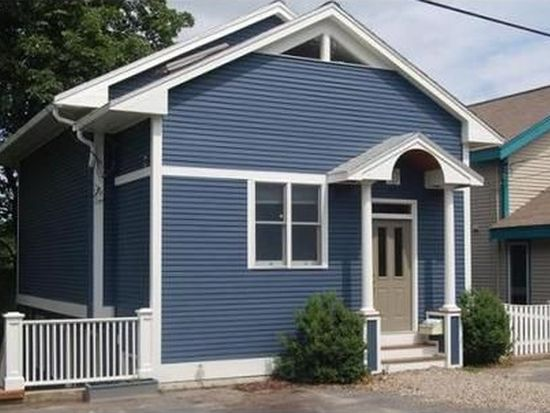 15 Willow Rd, Marblehead, MA 01945