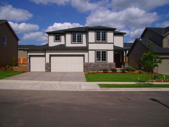 16262 SE Windswept Waters Dr, Damascus, OR 97089