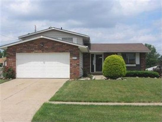 1706 Winchester Dr, Parma, OH 44134