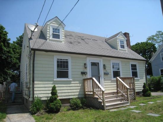 74 What Cheer Ave, East Providence, RI 02914