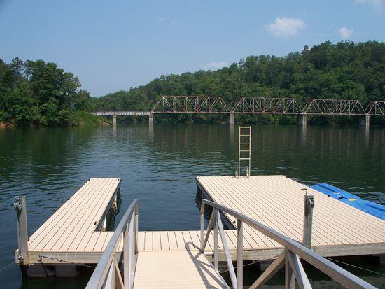 796 Lake Ridge Dr, Bryson City, NC 28713