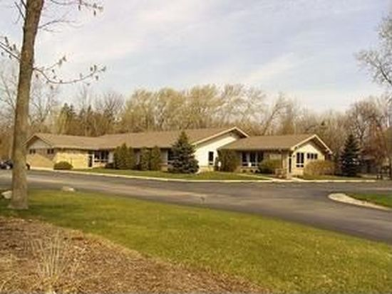 2722 Old Mill Dr, Racine, WI 53405