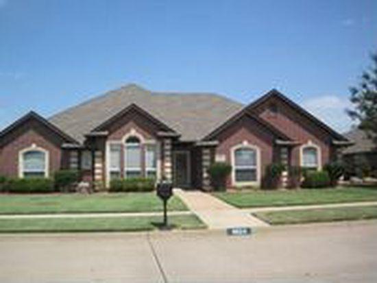 6624 Green Meadow Ln, Oklahoma City, OK 73132