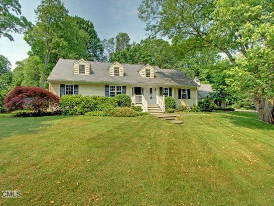 60 Christmas Tree Ln, Southport, CT 06890