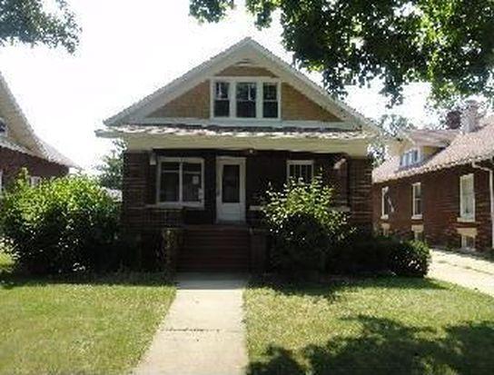 617 Gates Ave, Aurora, IL 60505