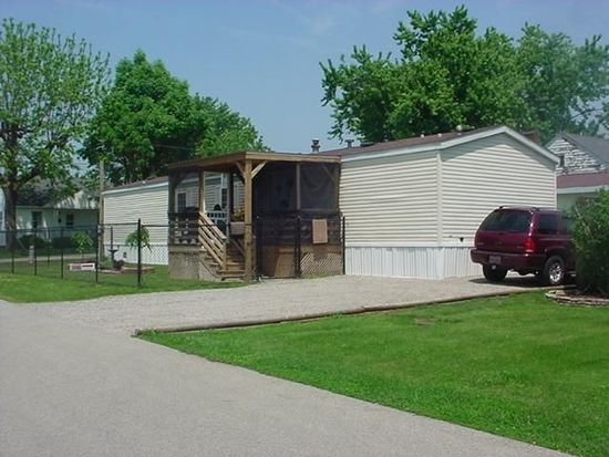 602 Sycamore St, West Union, OH 45693
