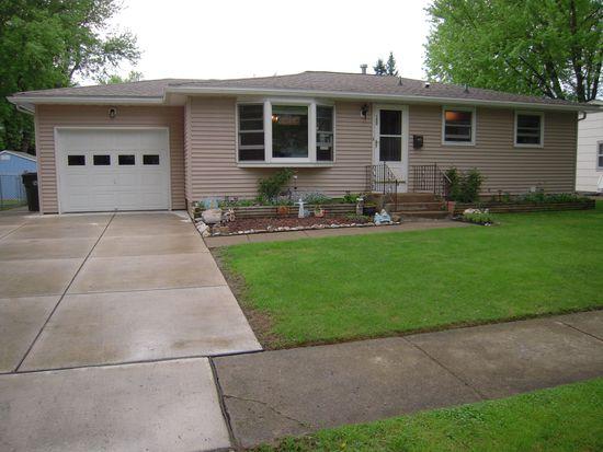 152 Brentwood Dr, North Tonawanda, NY 14120