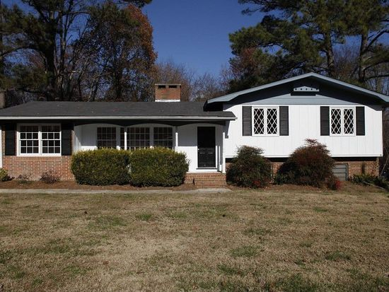 4213 Wedgewood Dr, Raleigh, NC 27604