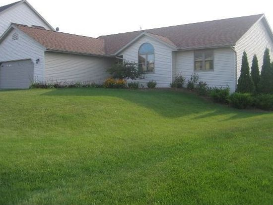 134 Maple Dr, Plymouth, WI 53073