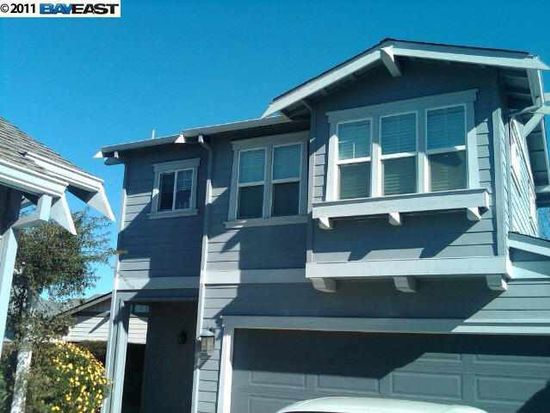2582 Kellogg Loop, Livermore, CA 94550