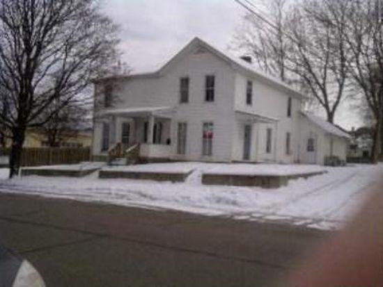 209 Indiana St, Saint Charles, IL 60174