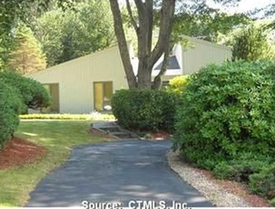 55 Colonial Dr, Waterford, CT 06385