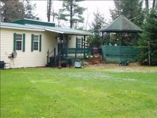 39 Pine Crest Ln, Mooers Forks, NY 12959