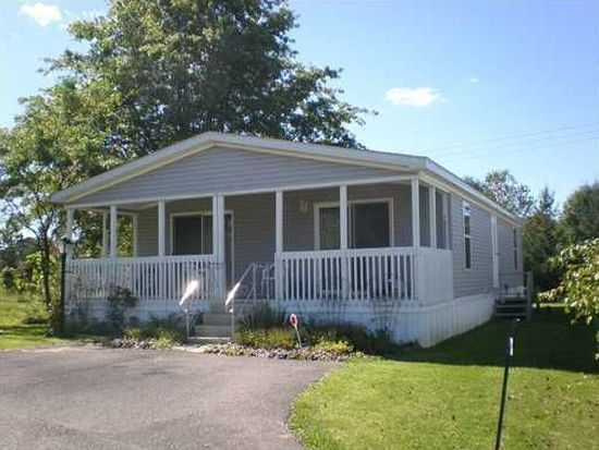 7380 Holly Vista Dr, Erie, PA 16509