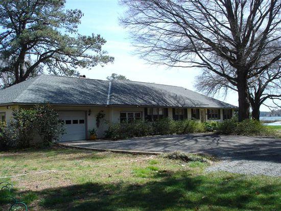 194 Foster Ln, Hudgins, VA 23076