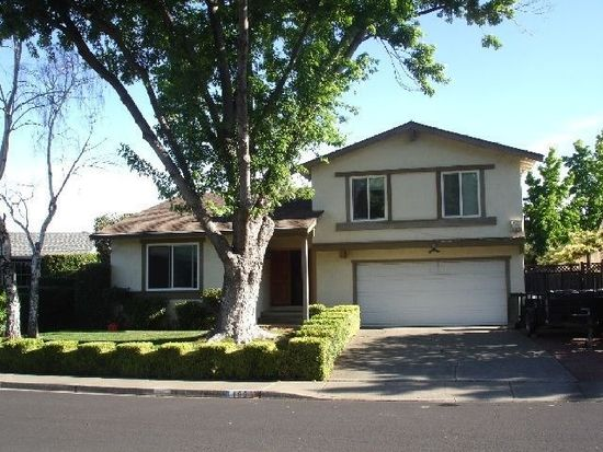 103 Beverly Ct, Vacaville, CA 95687