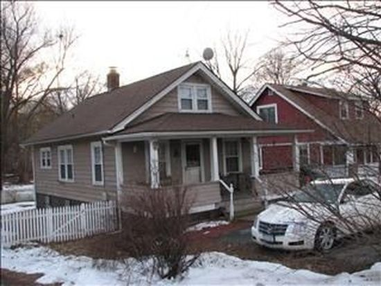 146 Manchester Rd, Poughkeepsie, NY 12603