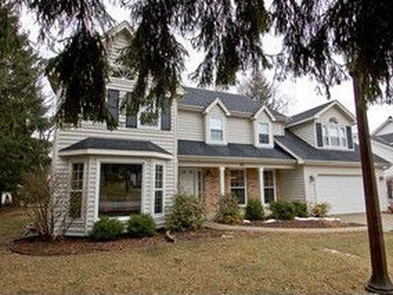 150 Exmoor Ave, Glen Ellyn, IL 60137