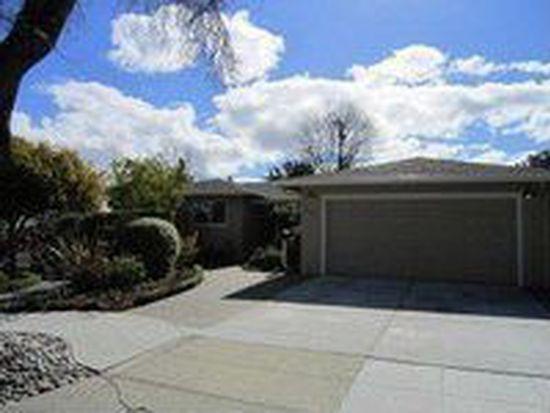 3003 Goodwin Ave, Redwood City, CA 94061