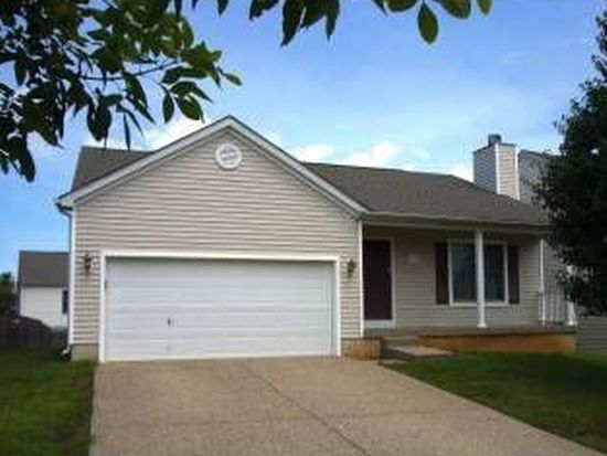 9713 River Trail Dr, Louisville, KY 40229