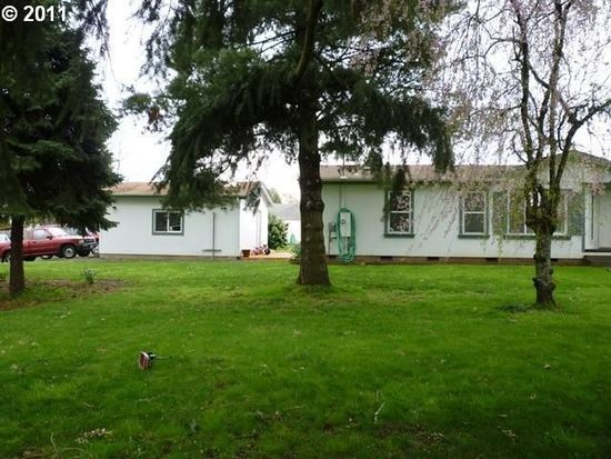 210 Section St, Molalla, OR 97038