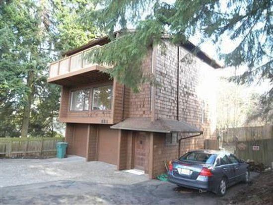 826 NE 103rd St, Seattle, WA 98125