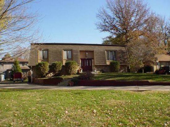 605 Oak Boulevard West Dr, Greenfield, IN 46140
