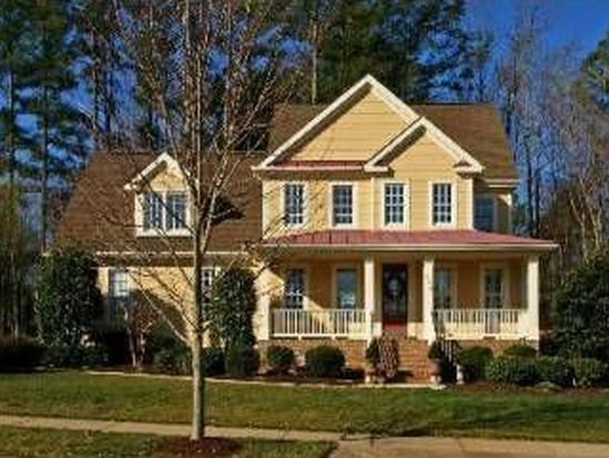 200 Middlecrest Way, Holly Springs, NC 27540