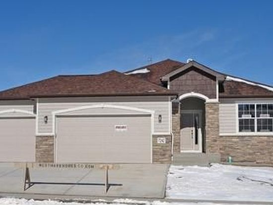 7242 Royal Country Down Dr, Windsor, CO 80550