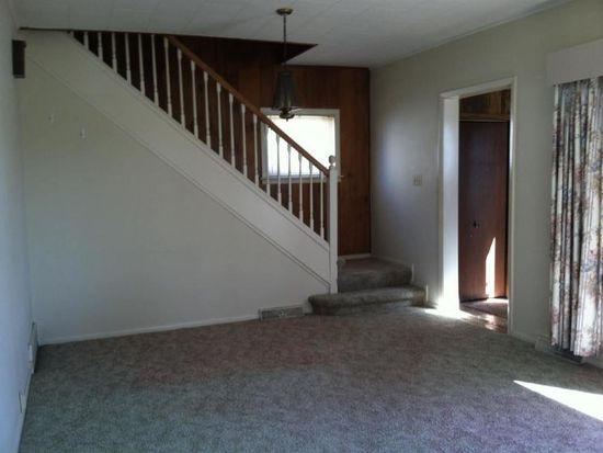 1238 Edgewater Blvd, Elkhart, IN 46516