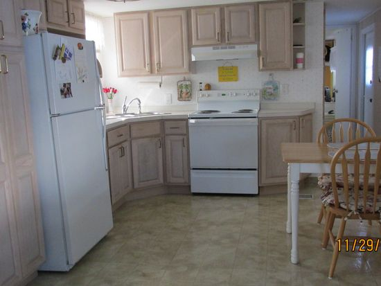 48 Doubloon Way, Fort Myers Beach, FL 33931