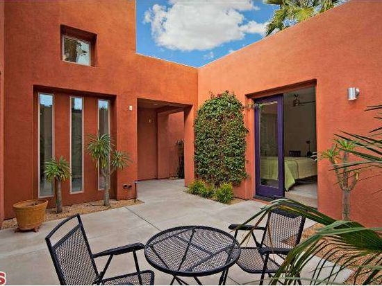2933 Candlelight Ln, Palm Springs, CA 92264
