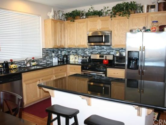 15576 Peace Pipe St, Victorville, CA 92394