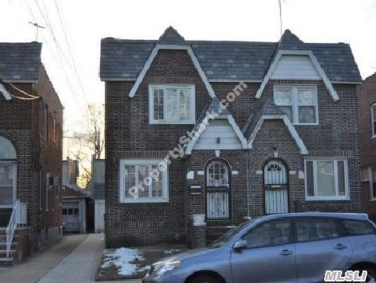 8916 215th St, Queens Village, NY 11427