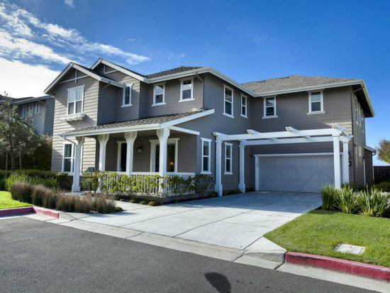 5 Tranquility Ct, Pacifica, CA 94044