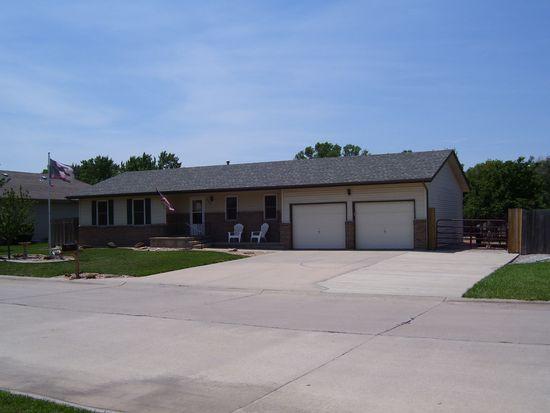 804 Roth Ct, Mcpherson, KS 67460