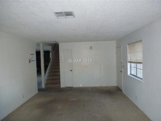 5752 Queenstown Way, Las Vegas, NV 89110