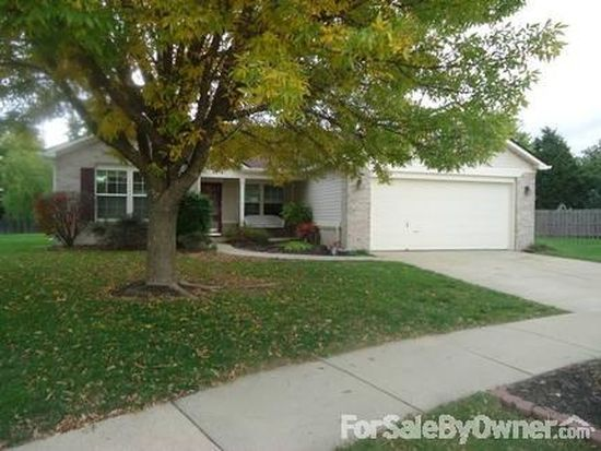 1072 Sunmeadow Cir, Franklin, IN 46131