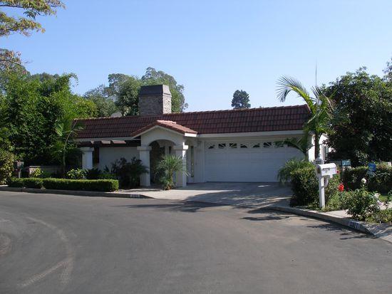 3323 Tareco Dr, Los Angeles, CA 90068