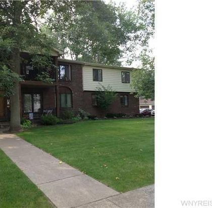 174 Peppertree Dr # B, Amherst, NY 14228
