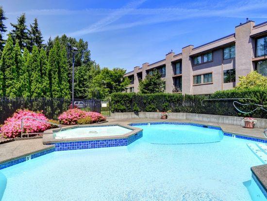 11300 1st Ave NE APT 322, Seattle, WA 98125