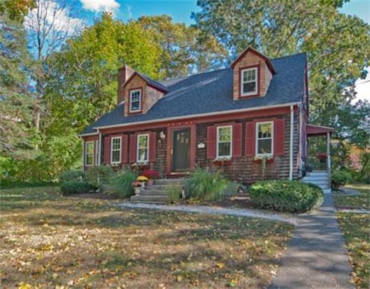 10 Bayberry Ln, Cohasset, MA 02025