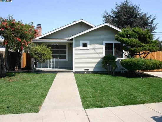 19736 Lake Chabot Rd, Castro Valley, CA 94546
