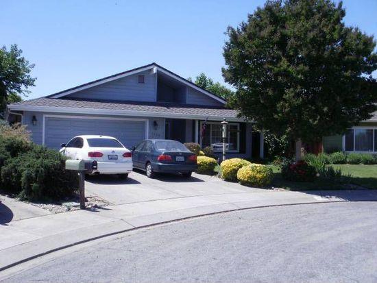 1050 Hoesch Way, Gilroy, CA 95020