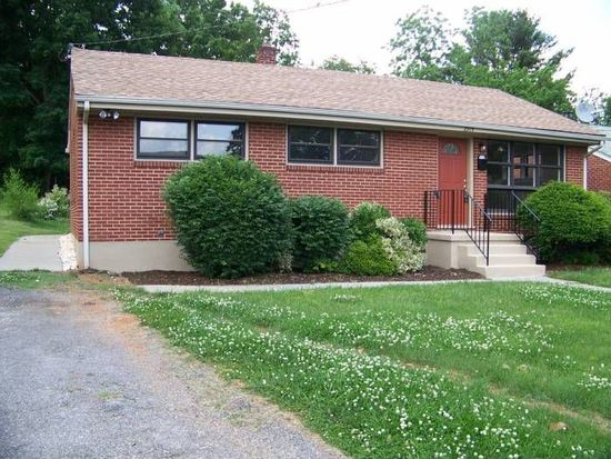 2919 Olive Ave NW, Roanoke, VA 24017